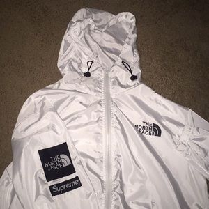 Supreme x northface windbreaker